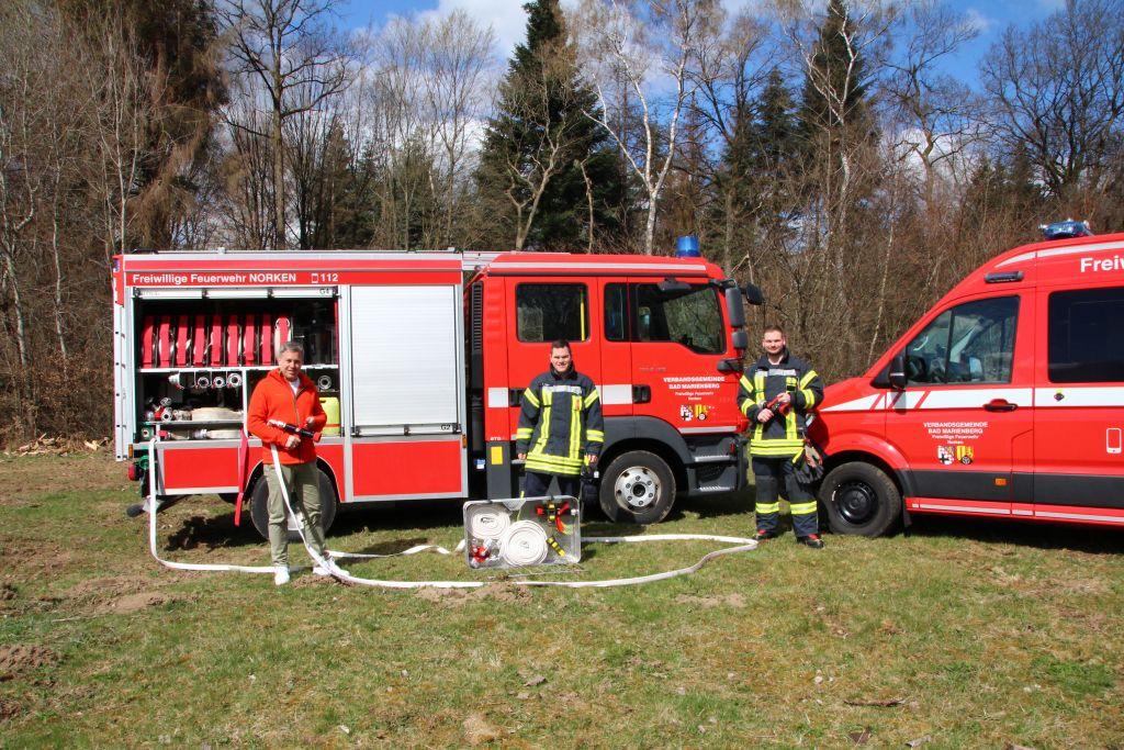 Waldbrandtragekörbe bei den Feuerwehren angekommen