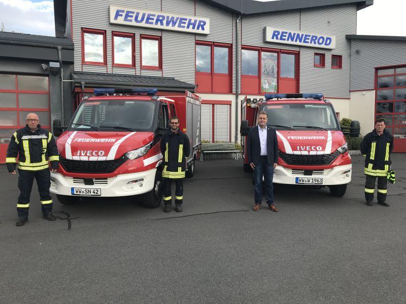 Zwei neue Löschfahrzeuge in Dienst gestellt
