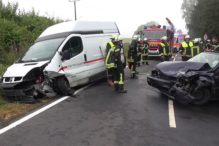Unfall bei Stahlhofen fordert zwei Schwerverletzte