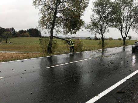 """Tief """"Fabienne"""" hält Feuerwehren auf Trab"""