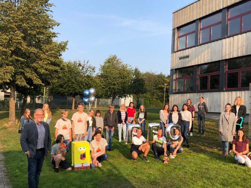 Bürgermeister Peter Klöckner ließ es sich nicht nehmen allen Teilnehmerinnen und Teilnehmern der Foto Fun Challenge zu gratulieren. Foto: privat