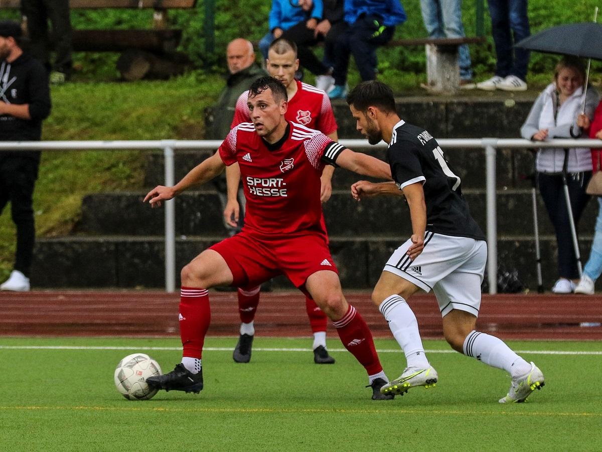 Fußball-Benefizabend im Eisbachtalstadion