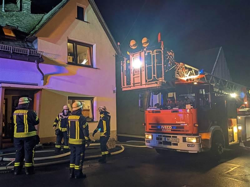 Wissen: Kaminbrand am zweiten Weihnachtsabend