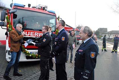 Freiwillige Feuerwehr Berod erhielt neues Fahrzeug