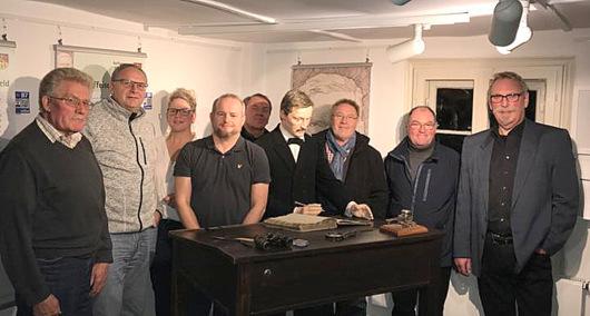 FWG-Politiker besuchten Flammersfelder Raiffeisenhaus