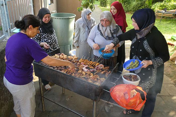 Stadtteilgartenfest brachte verschiedene Kulturen an einen Tisch