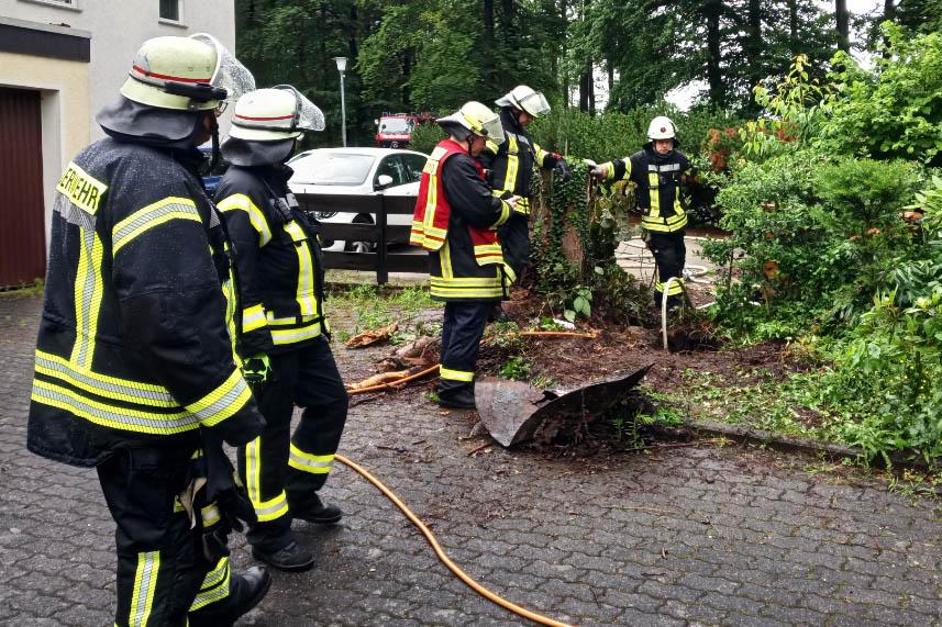 Ausströmendes Gas in Ehlscheid erfordert Feuerwehreinsatz