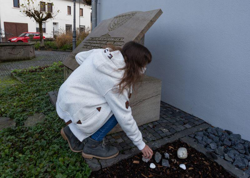Steine symbolisieren das Erinnern