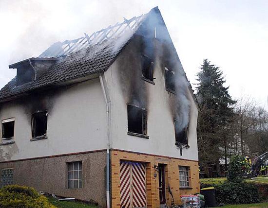 Feuer in Windeck-Geilhausen: Wohnhaus ausgebrannt