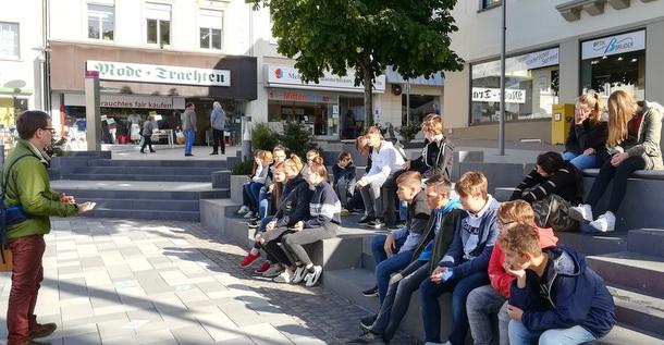 Geschichtsstunde in die Stadt Altenkirchen verlegt
