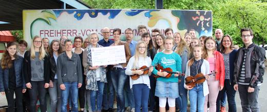 Freiher-vom-Stein Gymnasium Betzdorf übergab Spenden
