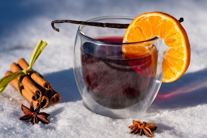 Steinigers Küchengruß: Was trinke ich eigentlich zum Weihnachtsfest?