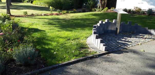 Halbanonymes Grabfeld auf dem Urbacher Friedhof