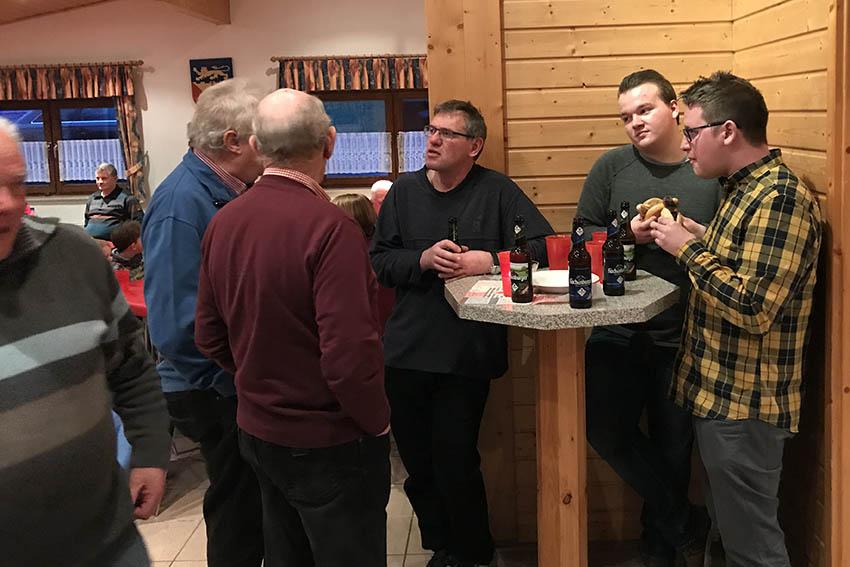 SPD traf sich in Rotenhain zum Grillen