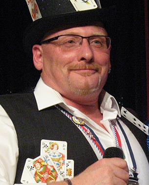 Michael Grobler steht seit 28 Jahren an der Spitze der KG Horhausen. 2012 wurde er mit dem RKK-Verdienstorden in Gold ausgezeichnet. Fotos: Rolf Schmidt-Markoski
