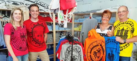 Fashion-Shop aus Luchert: Den Gully-Deckel auf der Brust