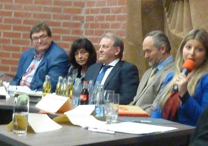 Einwohnerversammlung in Hachenburg ließ viele Fragen offen