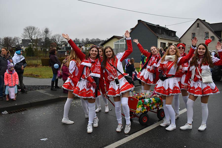 Rosenmontagsumzug in Herschbach ein Höhepunkt im Westerwald