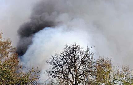 Brand zerst�rt Wohnhaus in Hilkhausen � Keine Verletzten