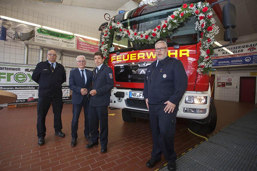 Feuerwehr Puderbach hat neues Fahrzeug in Dienst gestellt