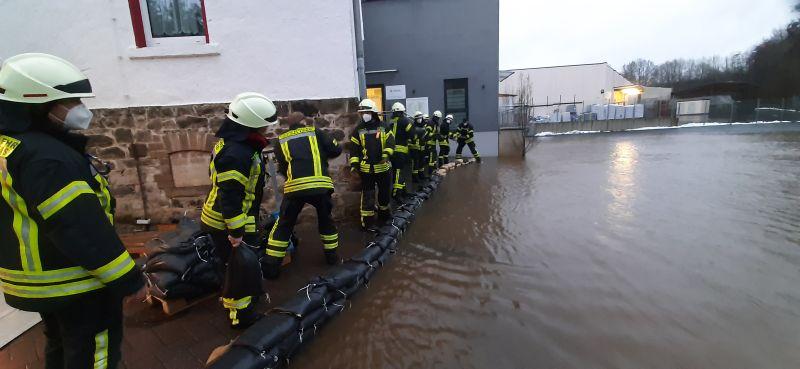 """Hochwasser bedroht """"Ärztehaus"""" in Selters"""