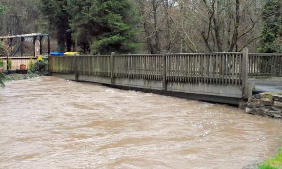Hochwasser-Eins�tze in Oberlahr und Neitersen