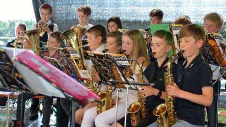 Super-Auftritte für die Bläserklasse 5 und der Big Band der IGS Hamm