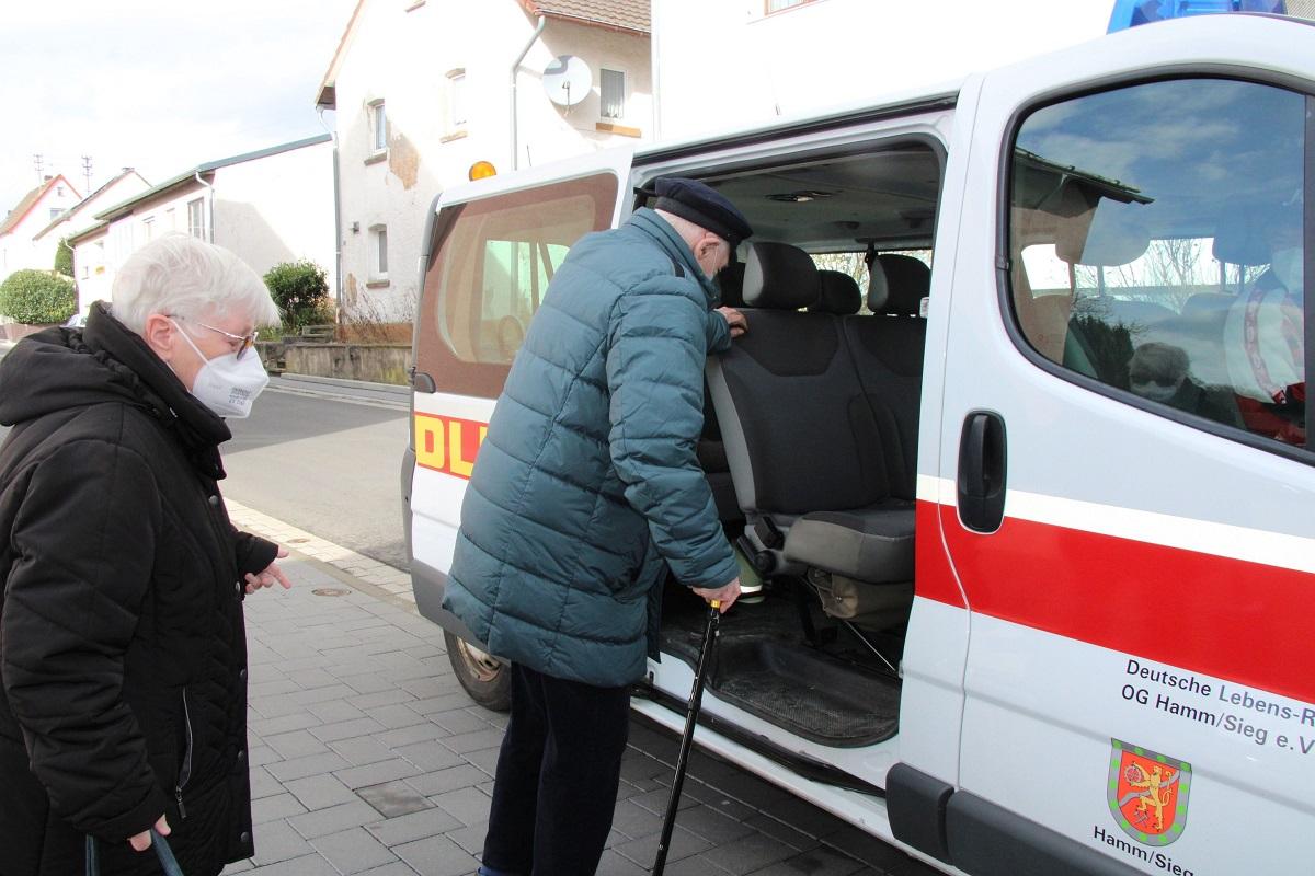 Fahrdienst der VG Hamm zum Impfzentrum nach Wissen angelaufen
