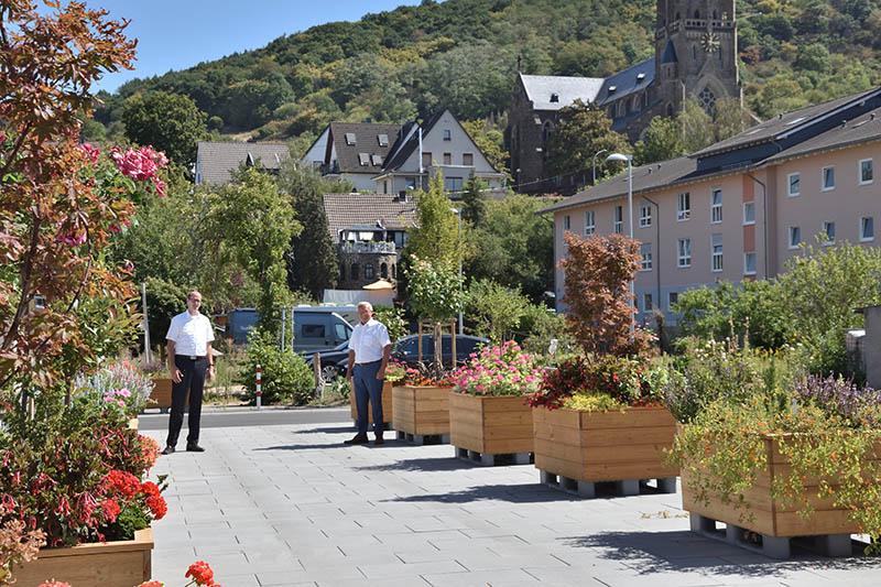 """Parkplatz """"Am alten Pfarrheim"""" soll als Treffpunkt genutzt werden"""