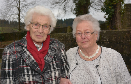 �Eichenkommunion� f�r Martha Koch und Maria Solbach