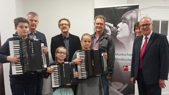 """Akkordeon-Trio der Kreismusikschule erfolgreich bei """"Jugend Musiziert"""""""
