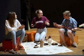 """Premiere der """"jungen Oase"""": Picknick im Felde"""