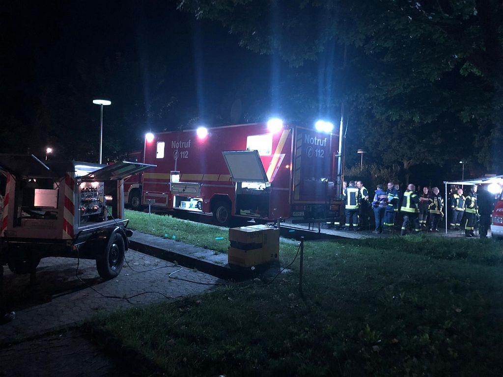 """""""Verheerende Situation"""": Mehr als 200 Feuerwehrleute aus Kreis an der Ahr"""