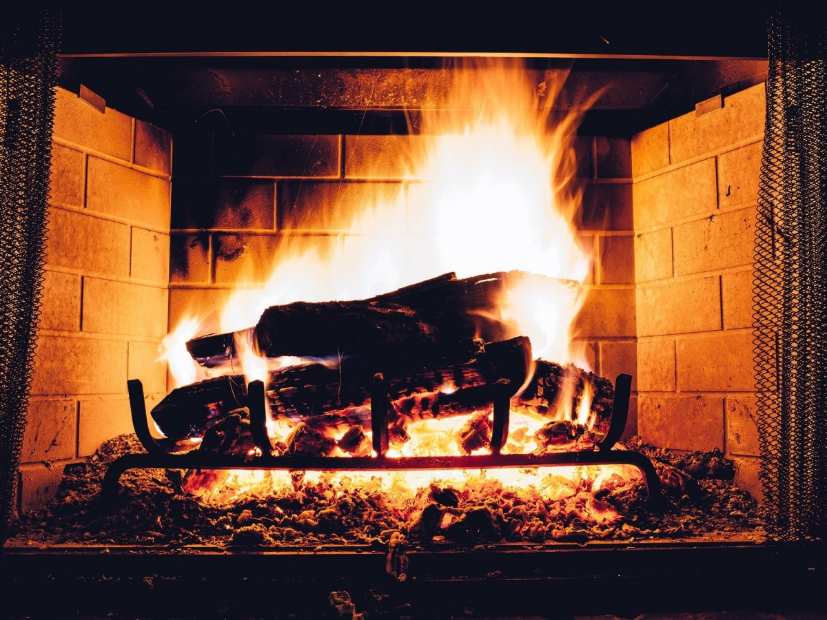 Kaminbrände: So verhält man sich richtig