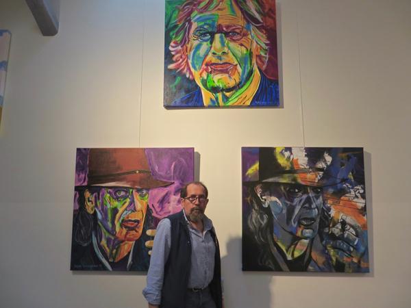 Gebürtiger Rheinbrohler bringt Farbe in das Leben Prominenter