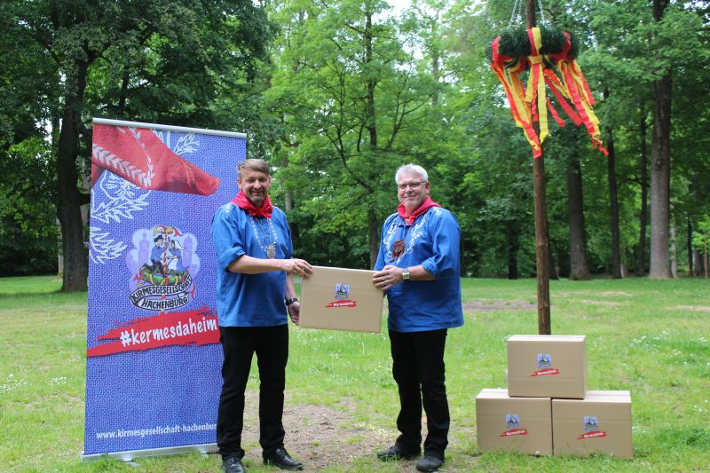#kermesdaheim-Pakete der Kirmesgesellschaft Hachenburg können bestellt werden. Foto: privat