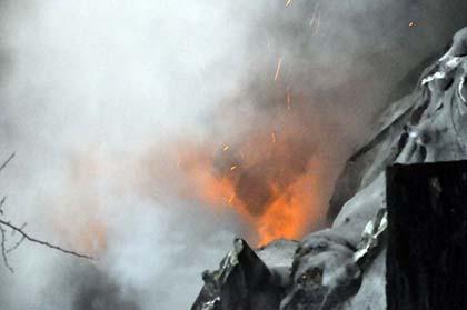 Kleiner Flächenbrand bei Kescheid erfordert stundenlangen Feuerwehreinsatz