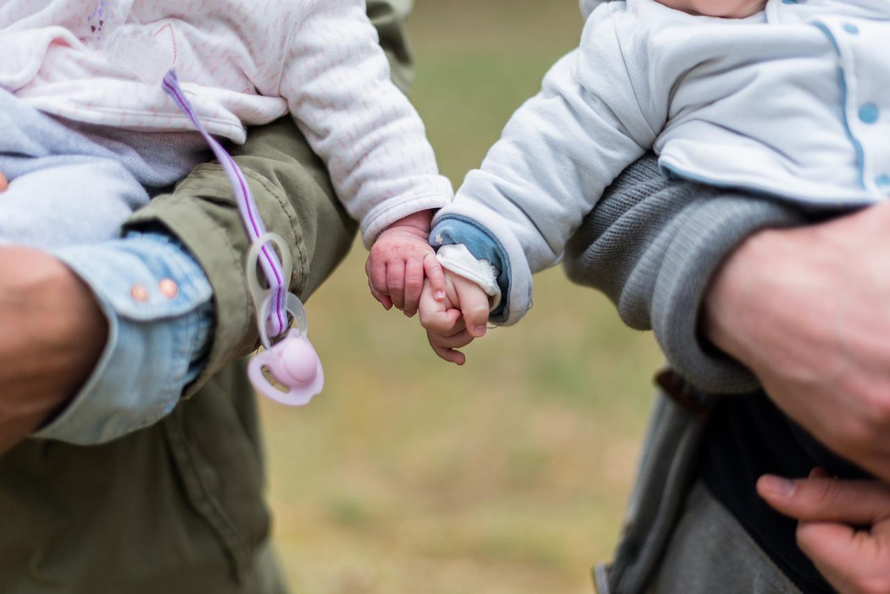 Der Kinderzuschlag kann eine finannzielle Hilfe für Eltern sein. (Symbolfoto)