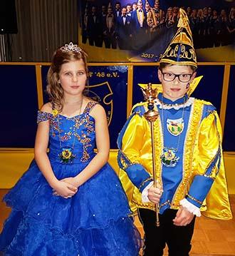 Kinderprinzenpaar der Burglahrer Burggrafen vorgestellt