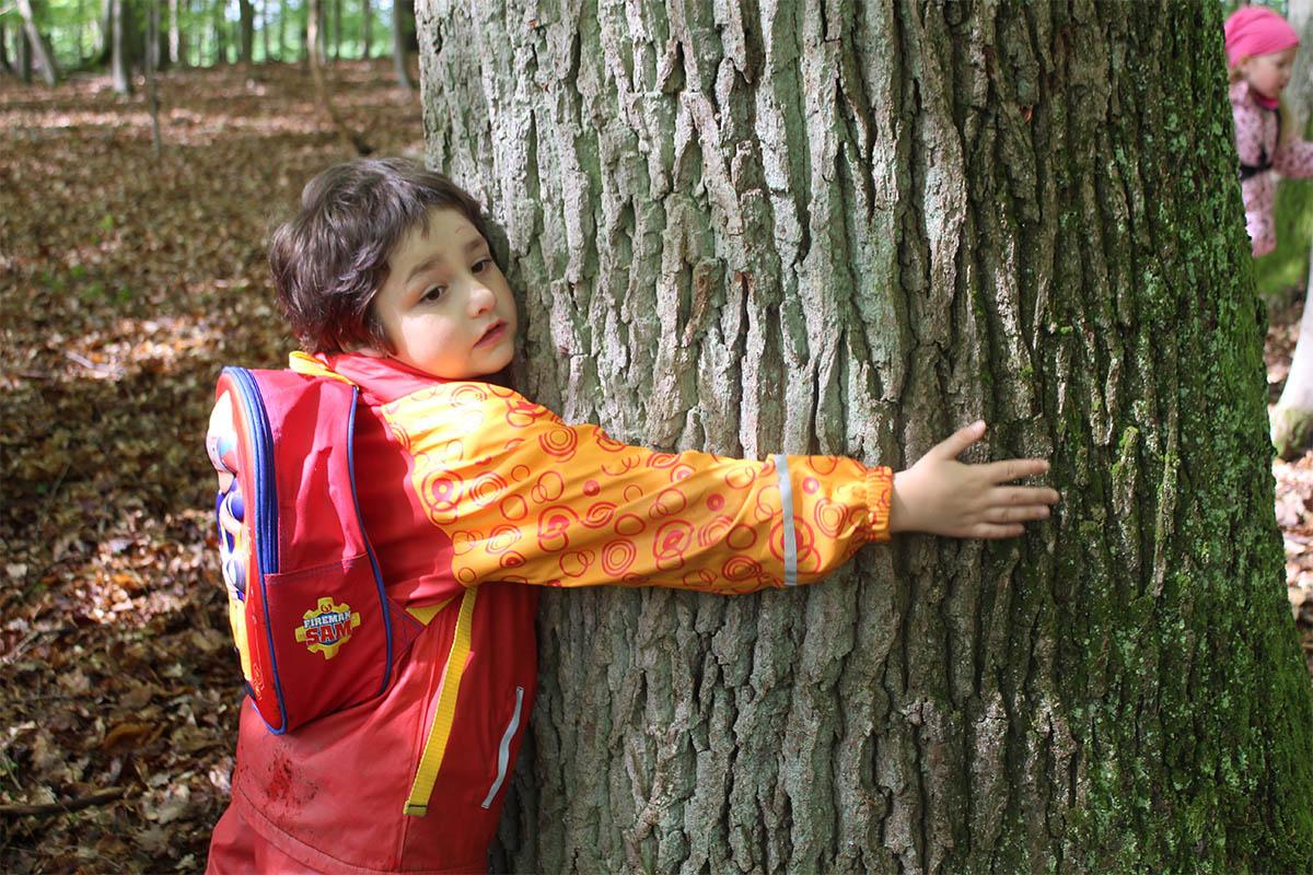 Naturerfahrung der Kindertagesstätte Auenwiese Raubach