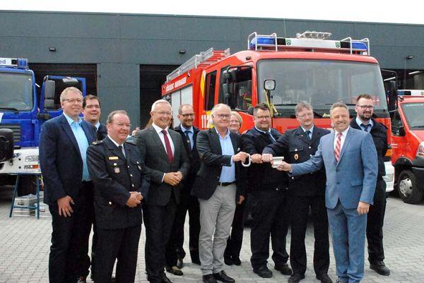 Fusion der Feuerwehren Oberraden und Straßenhaus mit neuem Gerätehaus