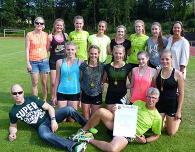Leichtathletik-Mädchen des Kopernikus-Gymnasium Wissen feiern 5. Landesmeistertitel