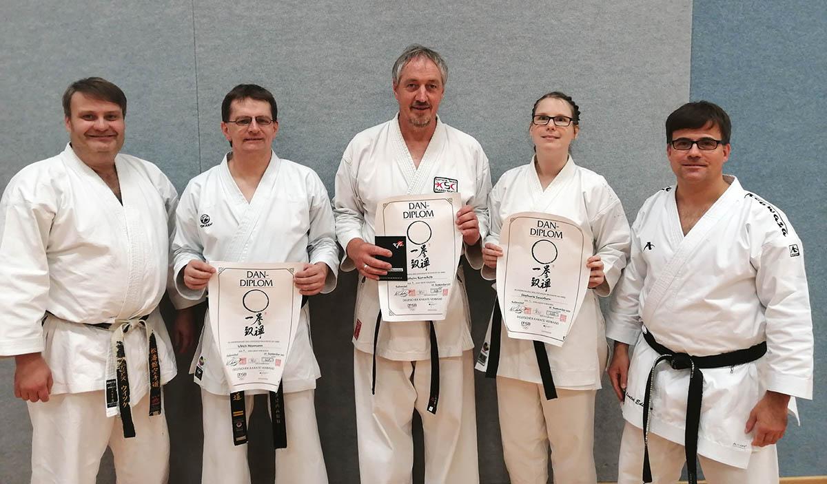 Karate: Neue Schwarzgurte für das KSC Team Puderbach