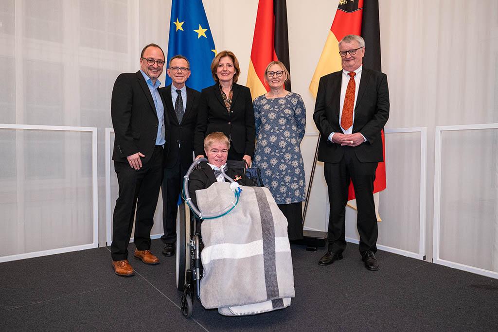 Landesverdienstorden für Dr. Christoph Beck und Benni Over