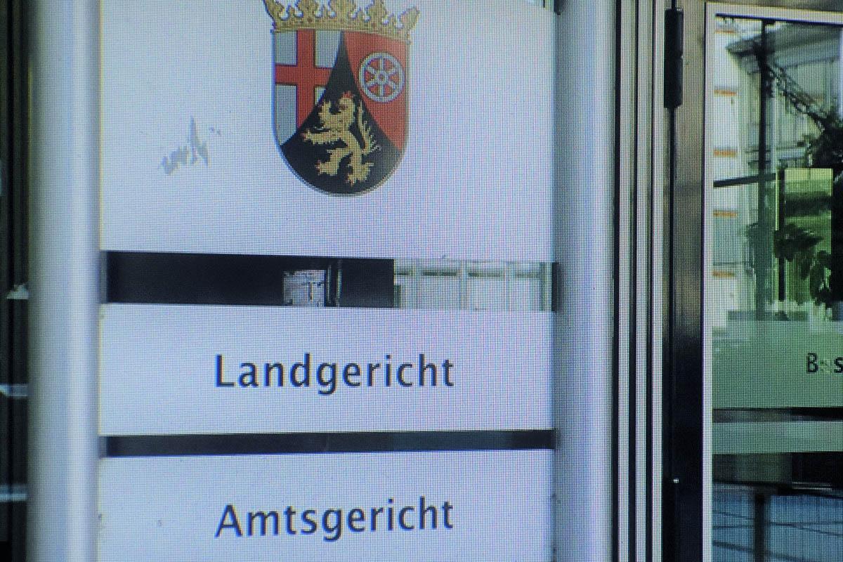Landgericht Koblenz: Tochter soll die eigene Mutter getötet haben