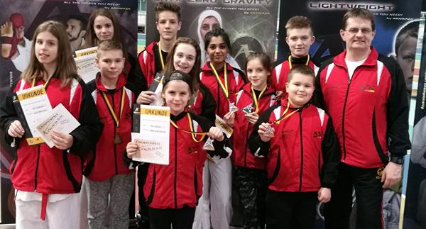 Das KSC Karate Team in Halle. Foto: Privat