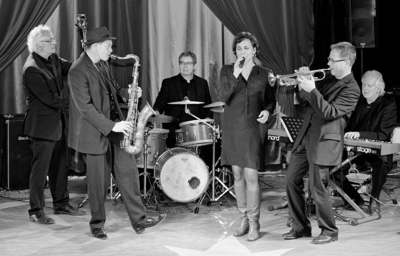 """Die Band """"Lost in the Jam"""" entführt die Besucher in die Jazz-Clubatmosphäre der 20er Jahre. Foto: Veranstalter"""