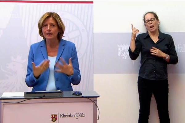 Malu Dreyer: Keine weiteren Lockerungen - Schulen und Kitas haben Priorität