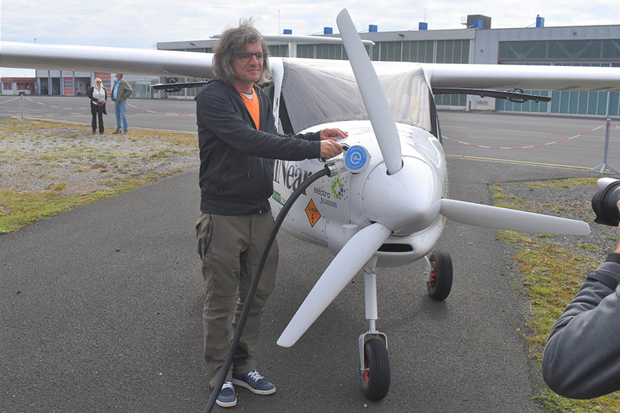 MANN Naturenergie sponsert Weltrekordflug mit E-Flugzeug