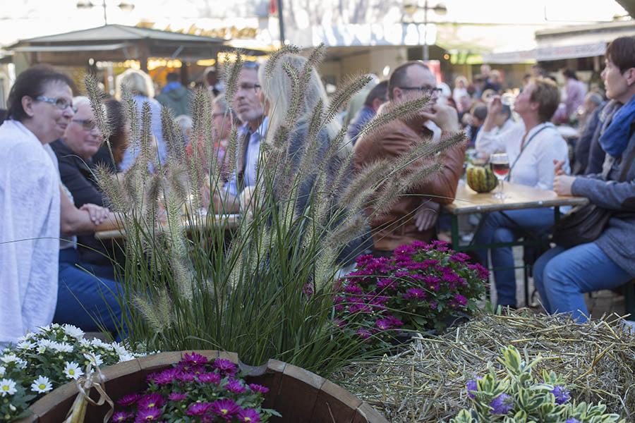 Goldener Oktober lockte Tausende zu Neuwieder Markttagen